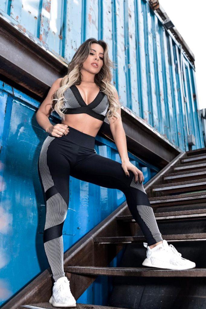 Bailarinas do Cantor Leonardo exibem curvas em ensaio de moda fitness. Foto: Wellington Santos