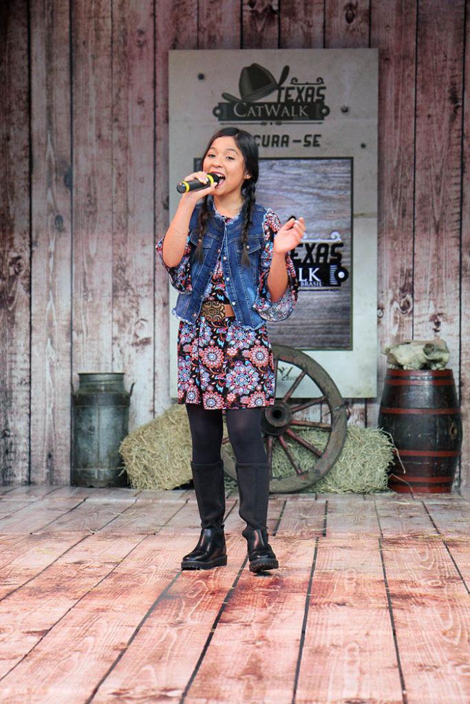 Gabi Saiury cantou a música Prova que me ama. Foto: Jorge Luiz Garcia / Grupo YBrasil
