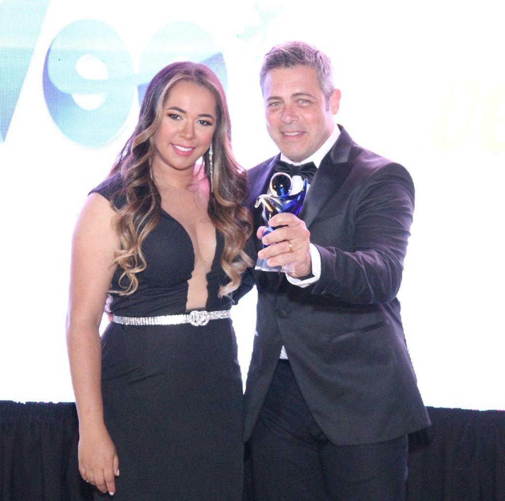 Marcilia Luzbet e Luigi Baricelli. Foto: Denny Silva e Roberto Assis / RZ Assessoria