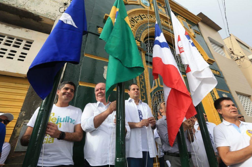 Povo baiano homenageia heróis da independência no 2 de Julho. Foto: Carol Garcia/GOVBA