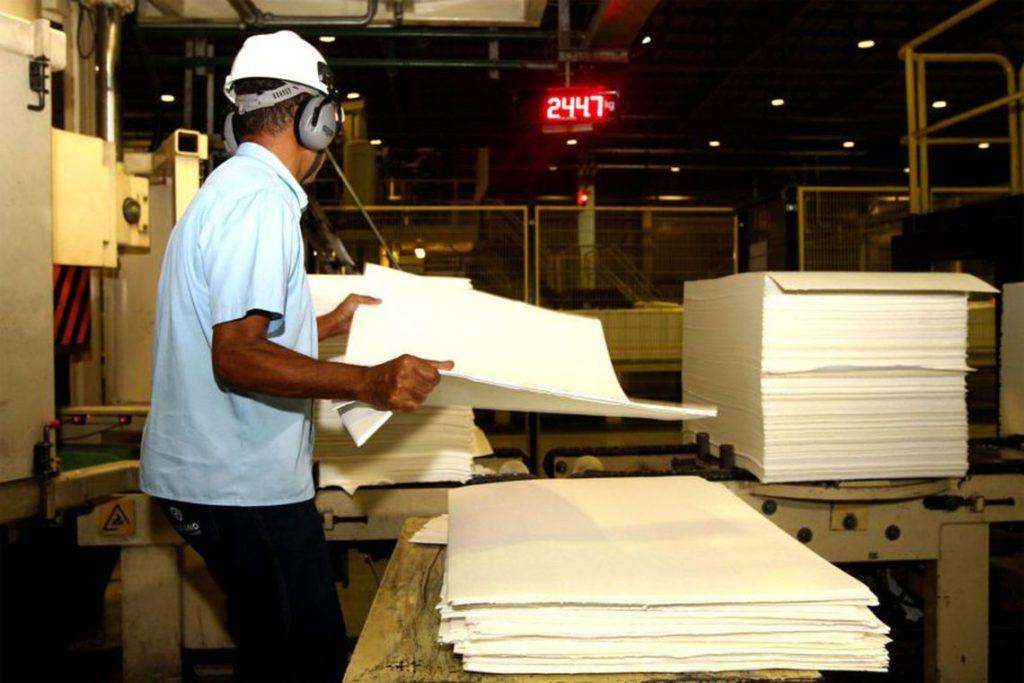 Produção industrial recua em sete estados e na região Nordeste em maio. Foto: Amanda Oliveira/GOVBA