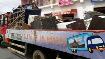 Somente na última semana, foram recolhidas 20 toneladas de resíduos da construção civil e 7 toneladas de entulhos. Foto: Divulgação