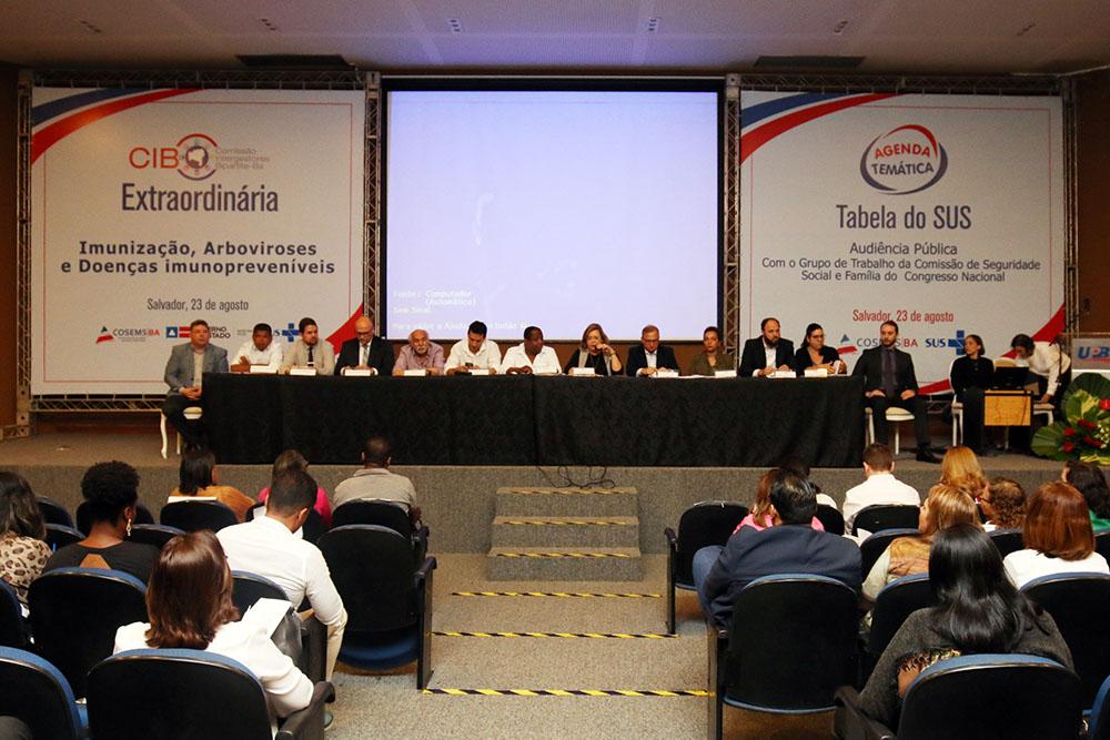 Secretário estadual da saúde anuncia medidas para ampliar cobertura vacinal da Bahia. Foto: Leonardo Rattes/Saúde GOVBA