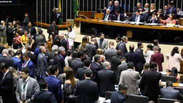 Vetos de Bolsonaro ao projeto sobre abuso de autoridade foram derrubados nos plenários da Câmara e do Senado. Foto: Marcos Oliveira/Agência Senado