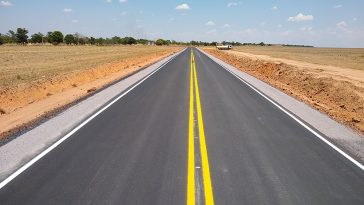 Patrulha mecanizada pavimenta estrada Xingu. Foto: Divulgação