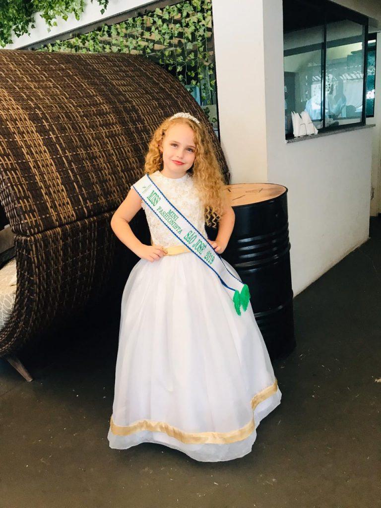 Sofia Espitalher faz sucesso com apenas 7 anos de idade na nova websérie Conectados 5 - Sofia Espitalher. Foto: Divulgação