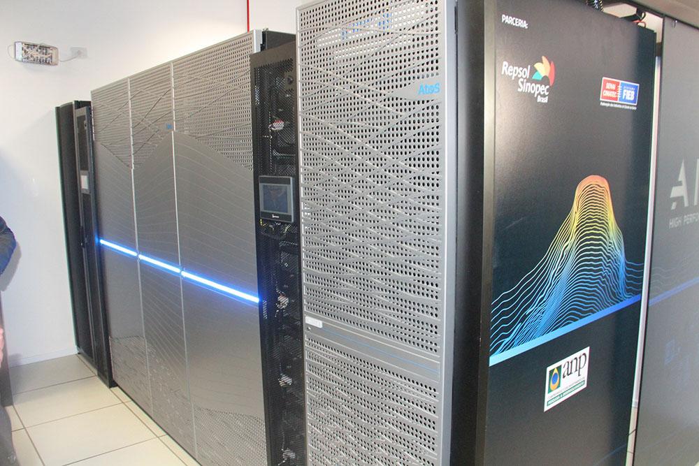 Supercomputador AIRIS. Foto: Ascom/Seplan