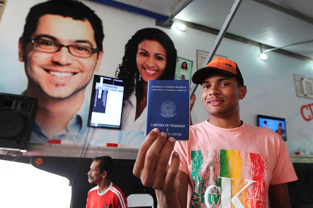 Bahia gera 4.565 novos empregos em setembro e segue liderando o Nordeste. Foto: Carol Garcia/GOVBA