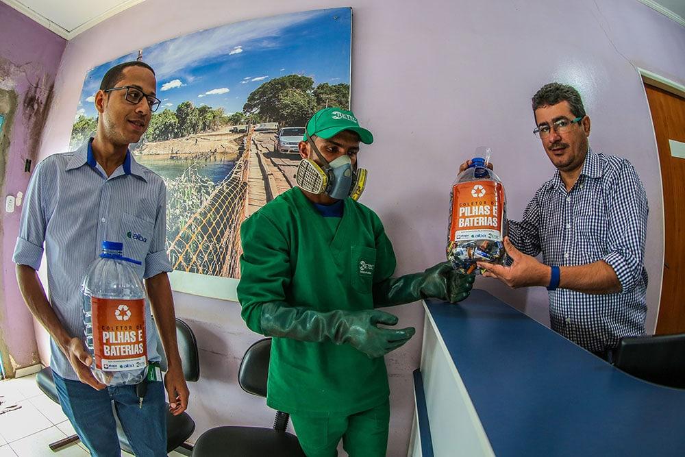 Campanha de descarte de resíduos perigosos amplia postos de coletas de pilhas e baterias no Oeste da Bahia. Foto: Divulgação