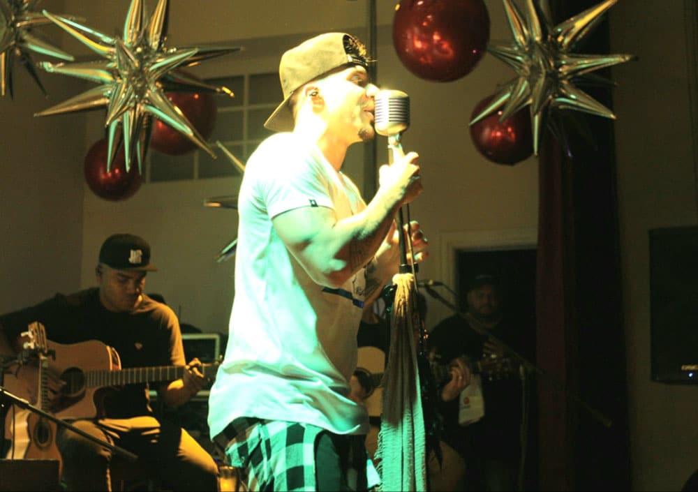 Grupo Jeito Moleque realiza show em Newark nos EUA lotado de Brasileiros. Foto: Rose Lima / Divulgação