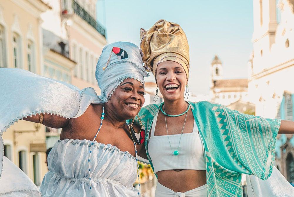 Negra Jho e Thais Lago no episódio Pelourinho da websérie #Vemprocentro. Foto: Tercio Campelo / Heat Creative