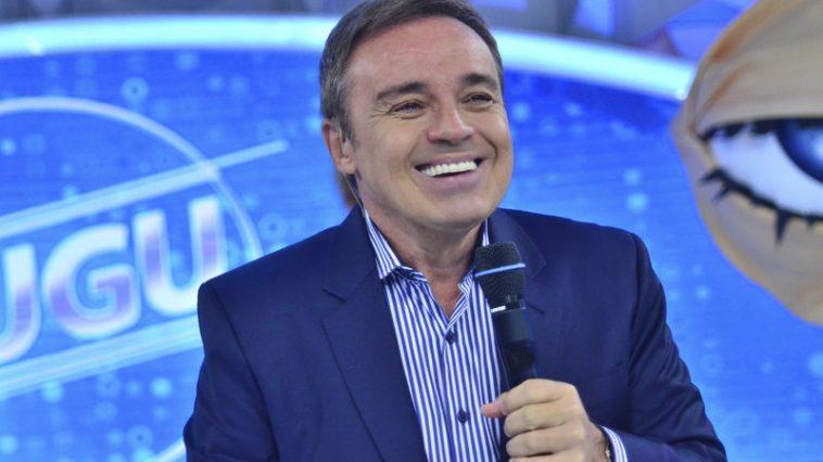Apresentador Gugu Liberato. Foto: Reprodução/RecordTV