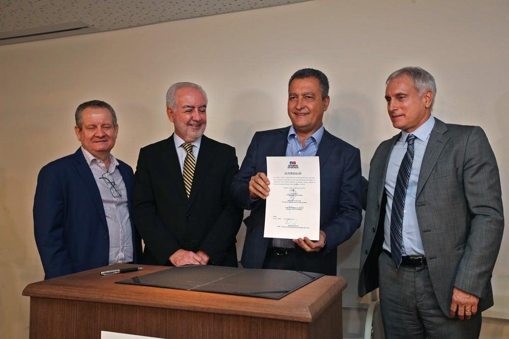 Assinado contrato para construção da nova rodoviária de Salvador. Foto: Camila Souza/GOVBA