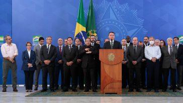 Jair Bolsonaro foi apontado como a pior liderança mundial no combate ao coronavírus (Imagem: Carolina Antunes/PR)