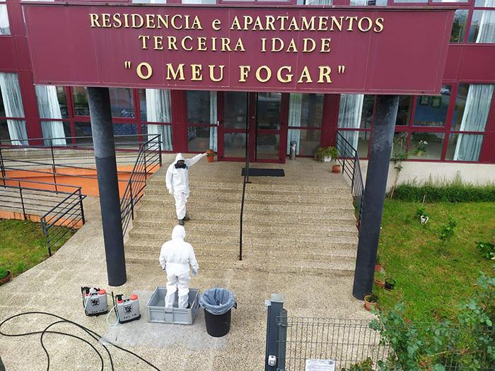 Na Europa, abrigos para idosos foram um dos principais locais de mortes por covid-19. No Brasil, não há levantamento nacional de quantos idosos abrigados morreram pelo coronavírus (Foto: Ejército de Tierra)